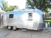 72 Airstream Safari 23' Twin
