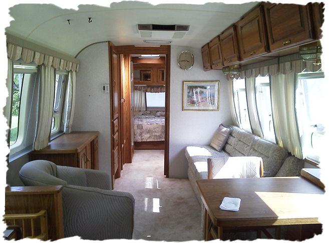 1997 Excella 1000 Fk(front Kitchen) Airstream Tt