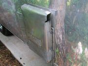 Bowen water heater vent