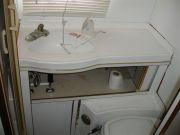 Old bathroom 2