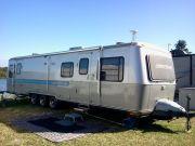 1989 35 Ft 3 Axles  Squarestream