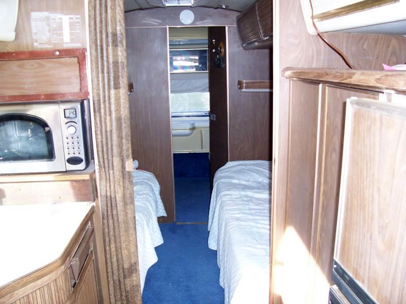 1975 Airstream Sovereign 31ft