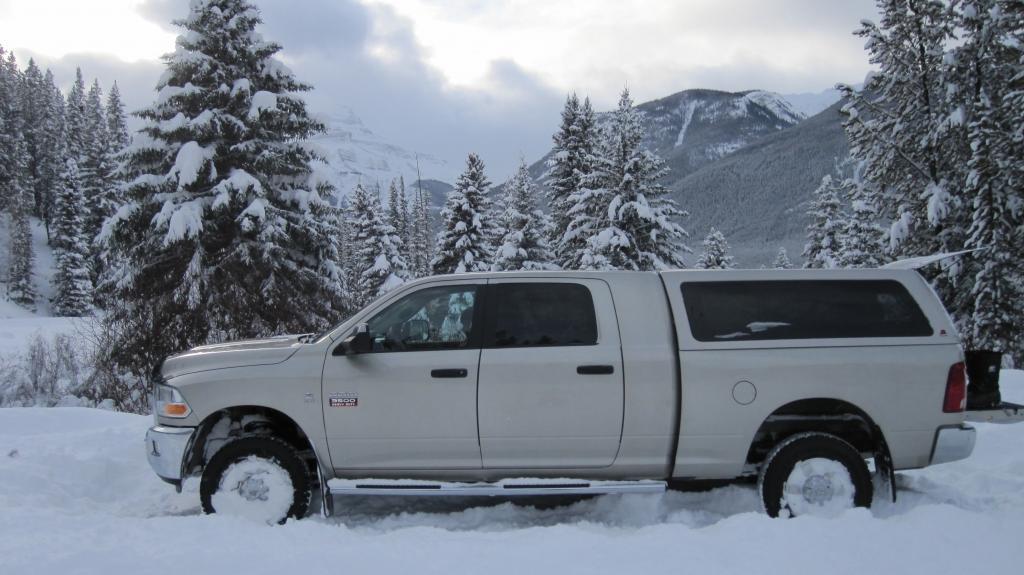 Leer Truck Accessory Ctr - Clackamas - Insider Pages - Restaurant
