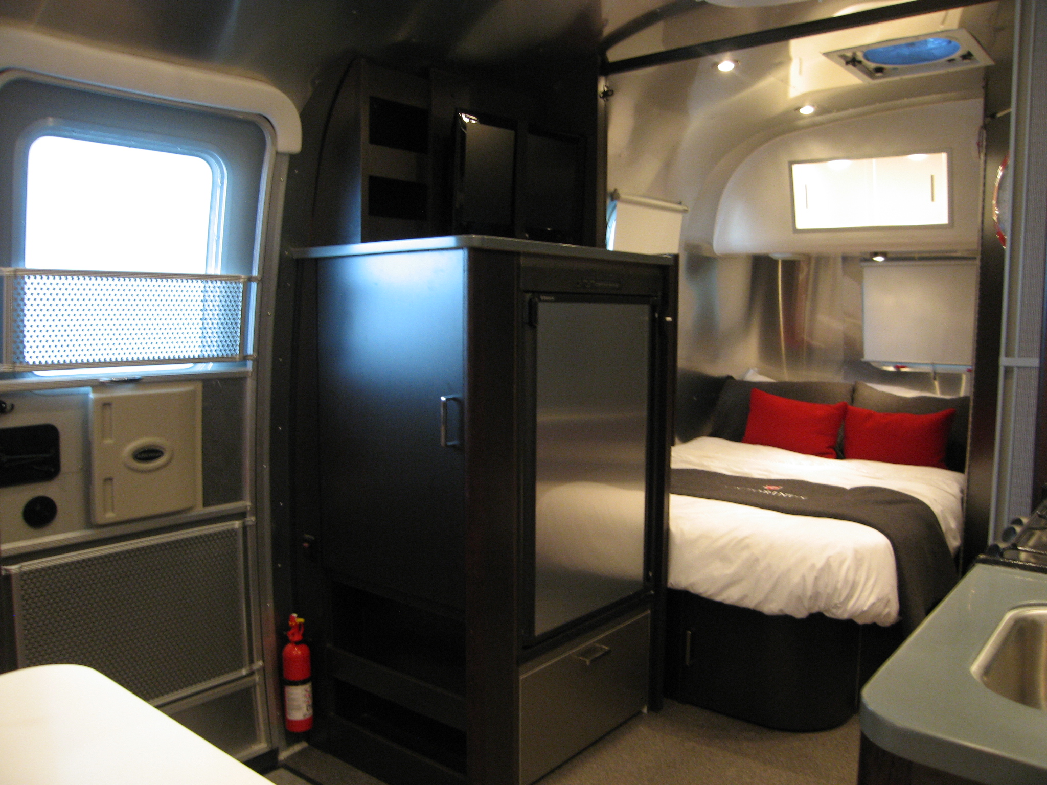 Airstream Victorniox 19 Bambi This Limited Special