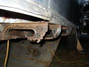 Rusted/missing Curbside Outriggers