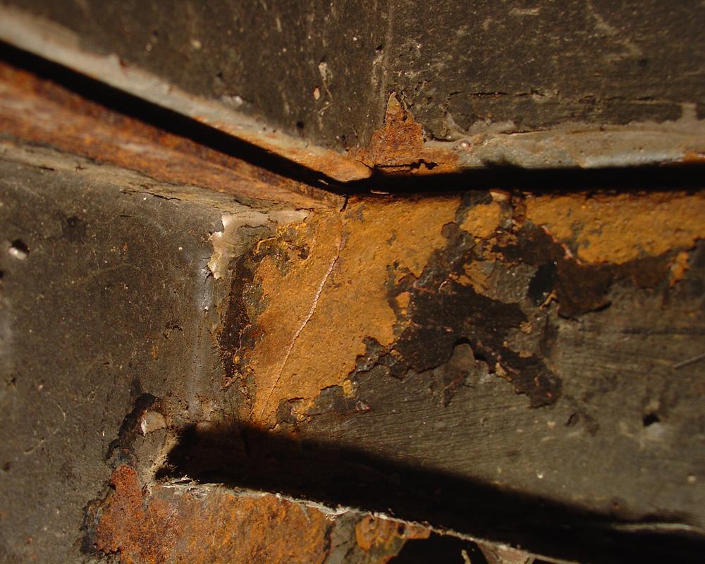 2001 Bambi frame rust cracked outrigger