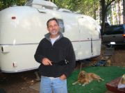 dan_outside_trailer_at_lake_francis