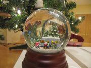 Eddie Bauer Snow Globe