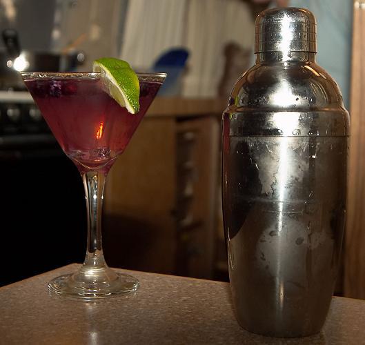 Blueberry Gin Gimlet