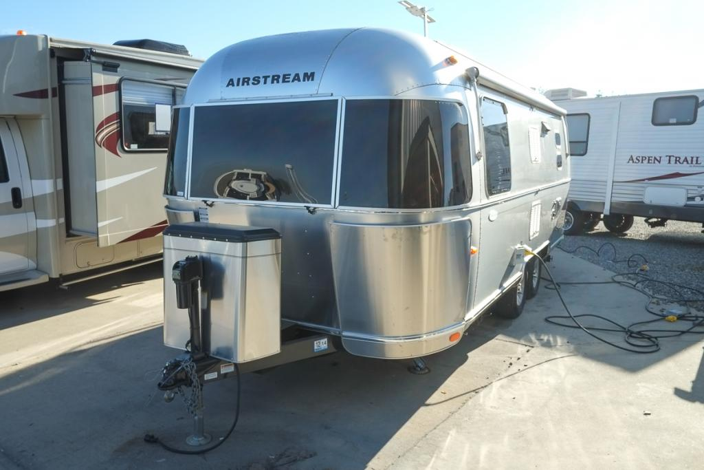 2009 Airstream Flying Cloud 23 Fb