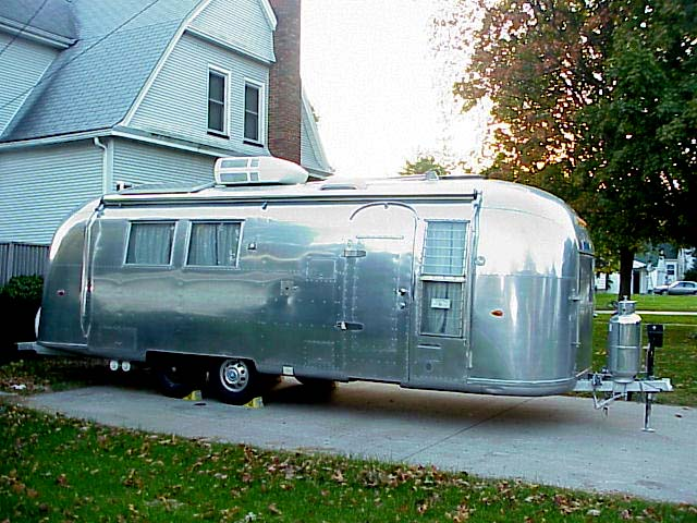 (Poll) Awnings on vintage trailers - Airstream Forums