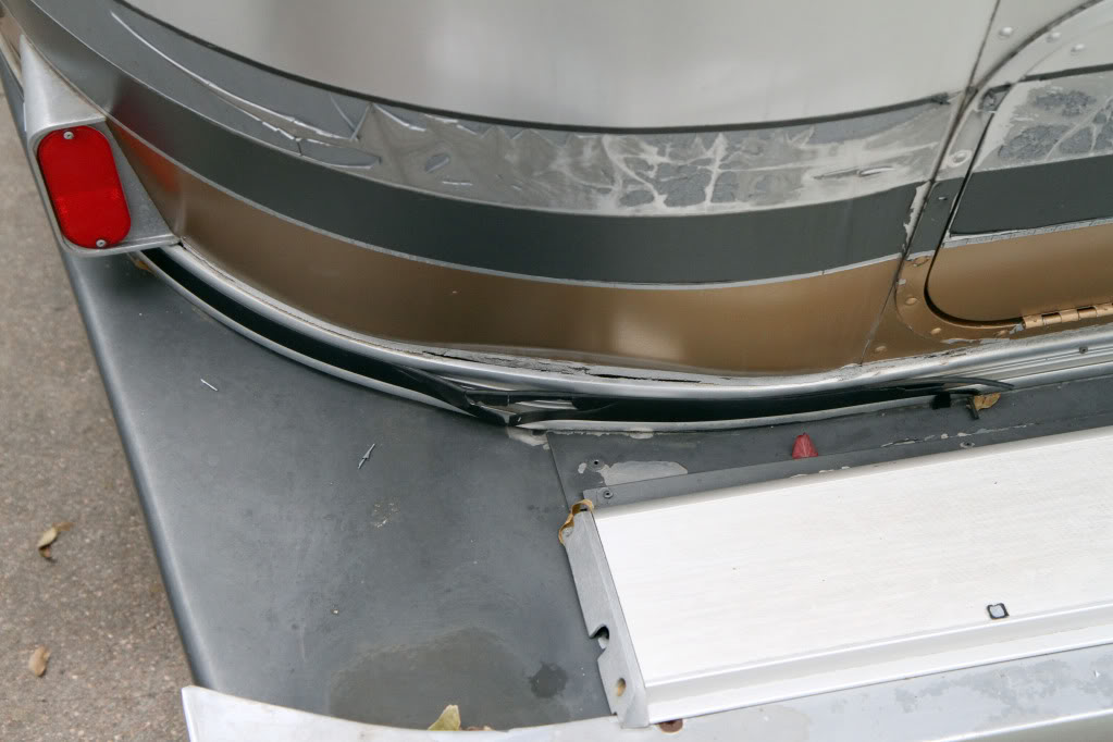 Leaks And Floor Rot In 91 34 Limited Airstream Forums