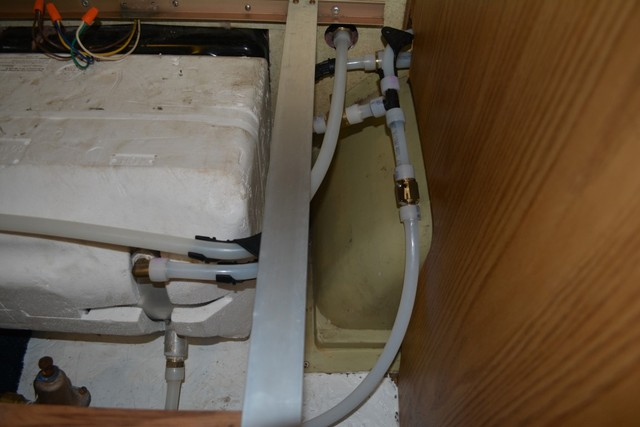 Images Of New Plumbing For 1986 Center Bath Using Pex