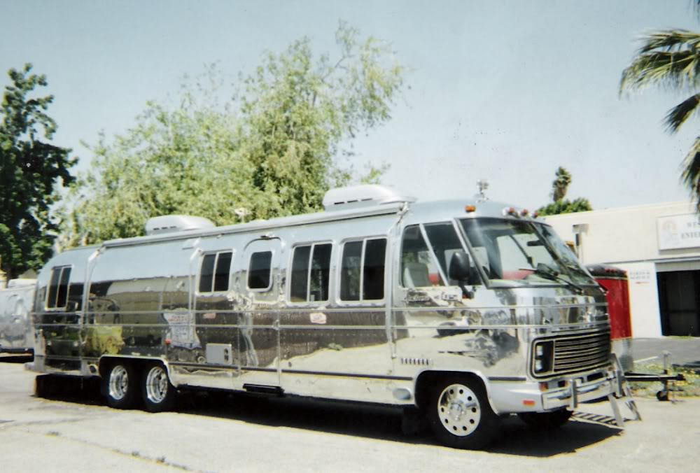 classic motorhome picture thread page 5 airstream forums. Black Bedroom Furniture Sets. Home Design Ideas