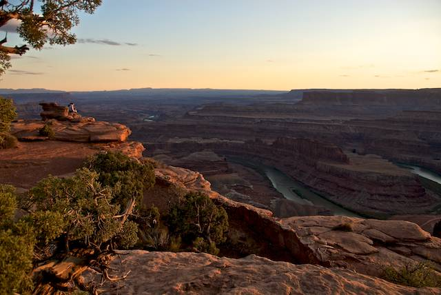Click image for larger version  Name:Dead Horse Point.jpg Views:81 Size:46.4 KB ID:100447