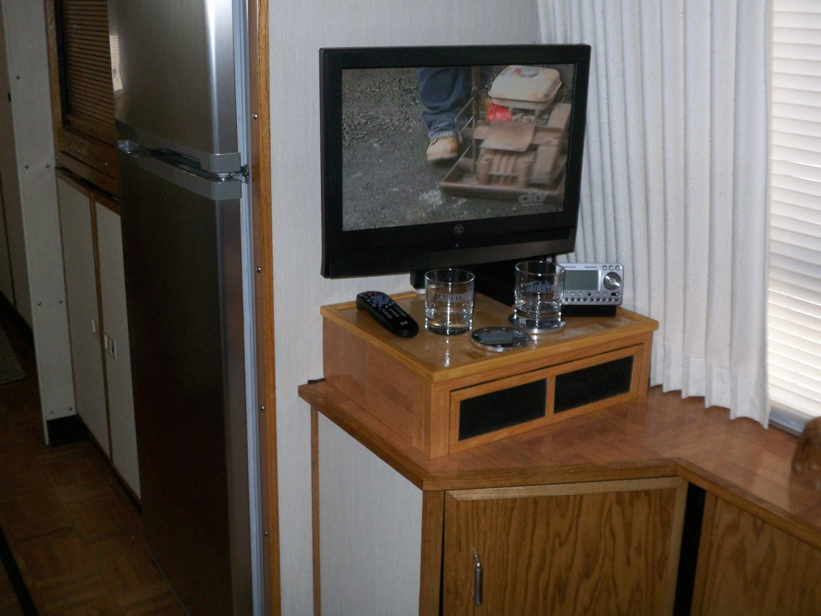Click image for larger version  Name:TV-setup1.jpg Views:54 Size:241.6 KB ID:100617