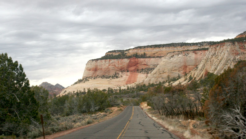 Click image for larger version  Name:IMG_0575 zion-s.jpg Views:55 Size:105.3 KB ID:100649