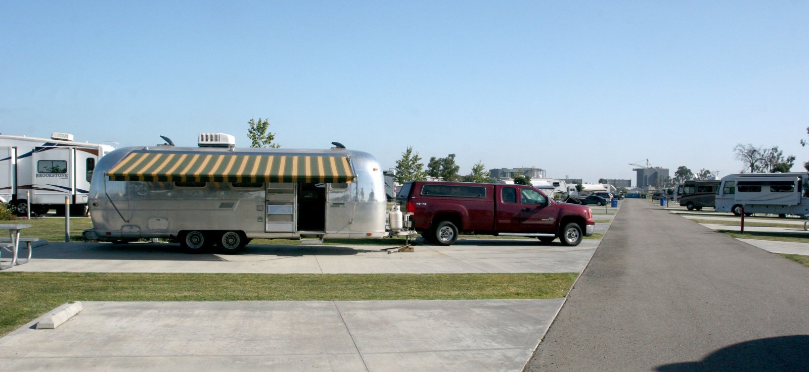 Click image for larger version  Name:IMG_0706 seal beach rv.jpg Views:64 Size:168.6 KB ID:100656
