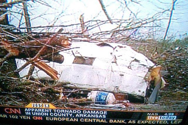 Click image for larger version  Name:tornado.jpg Views:231 Size:84.0 KB ID:10079