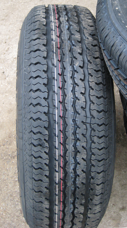 Click image for larger version  Name:new_tire1.jpg Views:56 Size:473.1 KB ID:101238