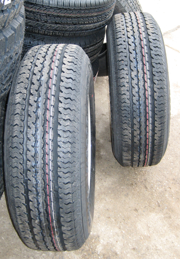 Click image for larger version  Name:new_tire2.jpg Views:59 Size:596.1 KB ID:101239