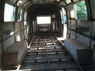 Click image for larger version  Name:Airstream gutted.jpg Views:1307 Size:43.0 KB ID:102281