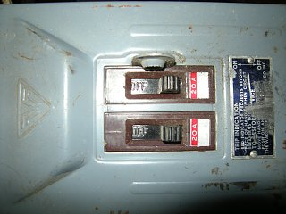 Click image for larger version  Name:breaker box-off.jpg Views:76 Size:539.1 KB ID:102411