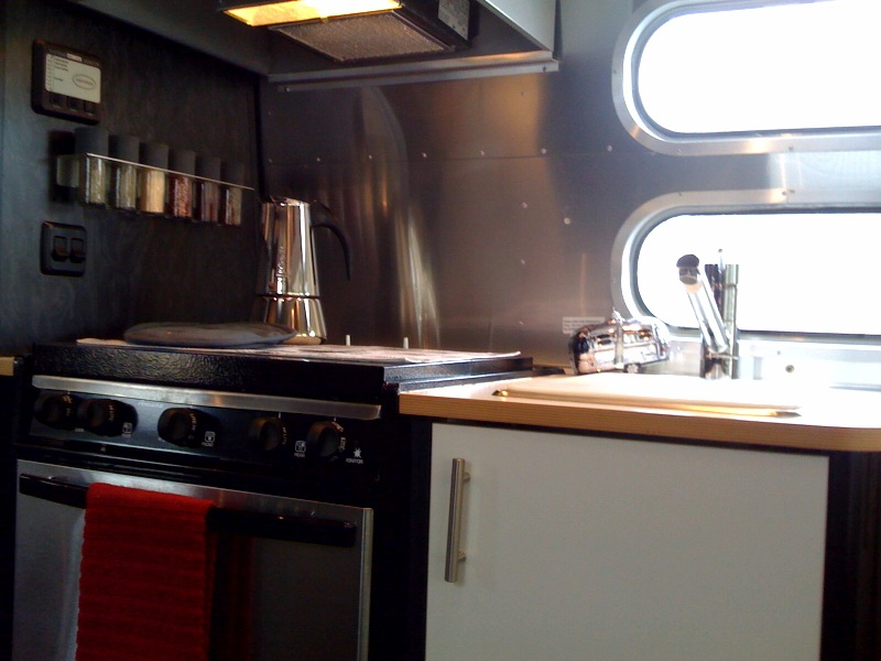 Click image for larger version  Name:kitchen1.jpg Views:110 Size:105.5 KB ID:102493