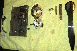 Click image for larger version  Name:bargman lock handle 4. jpg.jpg Views:183 Size:48.2 KB ID:102922
