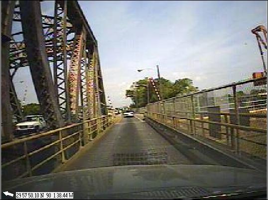 Click image for larger version  Name:Skinny Bridge 3.jpg Views:70 Size:44.5 KB ID:102971