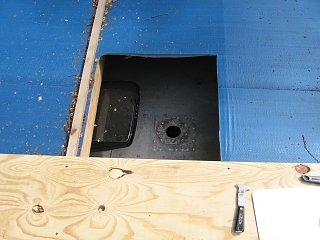 Click image for larger version  Name:hole in tarp.jpg Views:220 Size:307.6 KB ID:103663