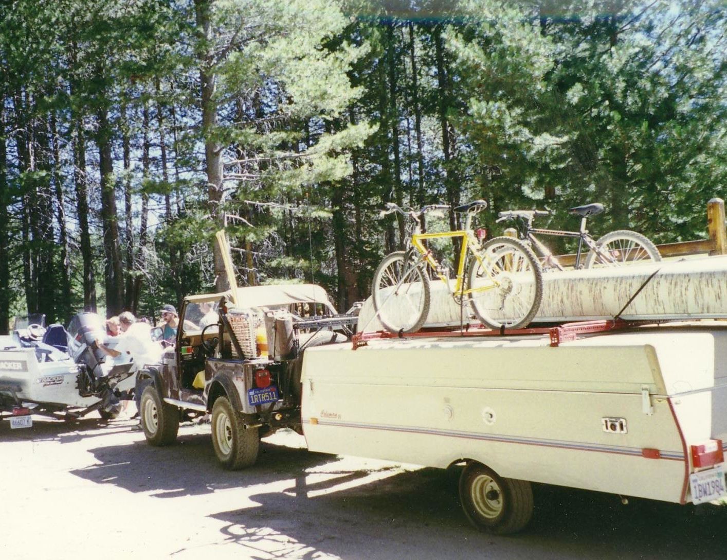 Click image for larger version  Name:Jeep and trailer.jpg Views:65 Size:454.1 KB ID:103702