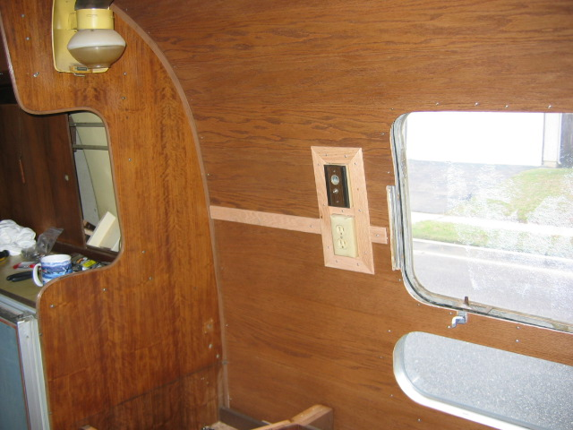 Click image for larger version  Name:2-12-05 airstream progress 021.jpg Views:135 Size:97.7 KB ID:10394
