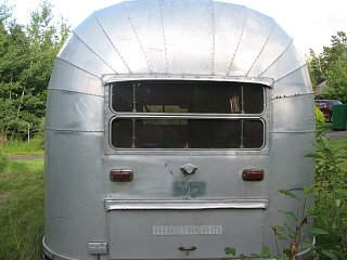 Click image for larger version  Name:airstream_rear[1].jpg Views:80 Size:282.1 KB ID:104089