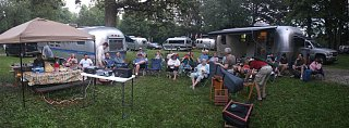 Click image for larger version  Name:Airstream Forums Ralley 2010 copy (Large).jpg Views:105 Size:92.3 KB ID:104843