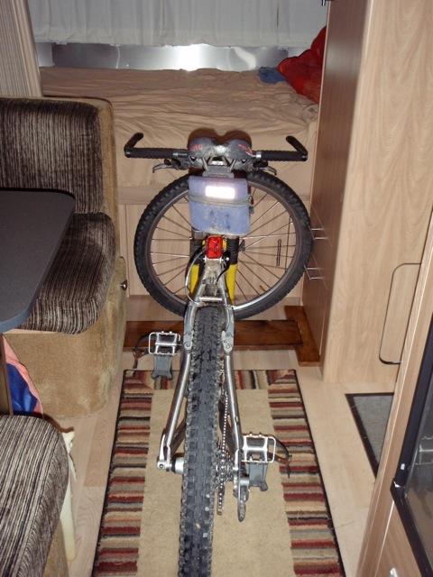 Click image for larger version  Name:bikerack1.jpg Views:42 Size:107.7 KB ID:105194