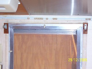 Click image for larger version  Name:66 Caravel galley window rail.jpg Views:80 Size:45.6 KB ID:105592
