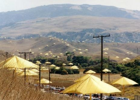 Click image for larger version  Name:1,760 yellow umbrellas set up in Gorman CA.jpg Views:60 Size:28.1 KB ID:107360