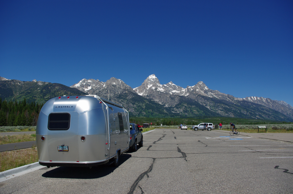 Click image for larger version  Name:Tetons.jpg Views:79 Size:837.0 KB ID:107690