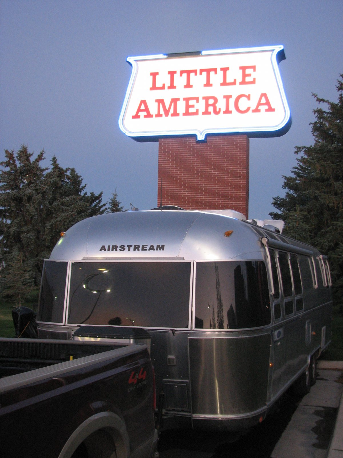 Click image for larger version  Name:Little_America.jpg Views:85 Size:287.8 KB ID:107705