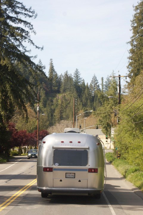 Click image for larger version  Name:reartrailer.jpg Views:60 Size:76.8 KB ID:108482