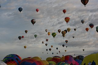 Click image for larger version  Name:2008 Balloon Fiesta 054.jpg Views:63 Size:147.2 KB ID:108911