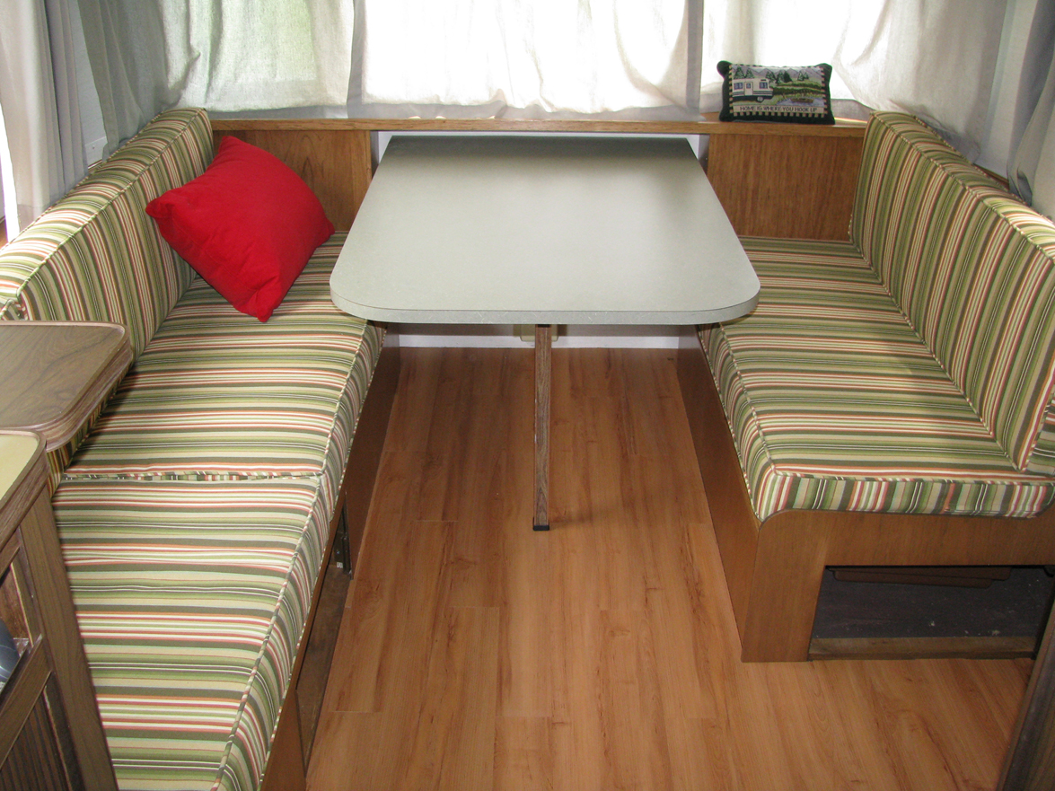 Click image for larger version  Name:Nearly Done Dinette.jpg Views:202 Size:990.8 KB ID:109447