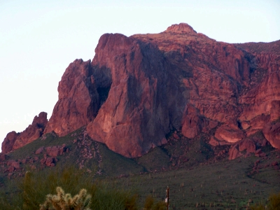 Click image for larger version  Name:RedMountain1.jpg Views:85 Size:97.4 KB ID:10957