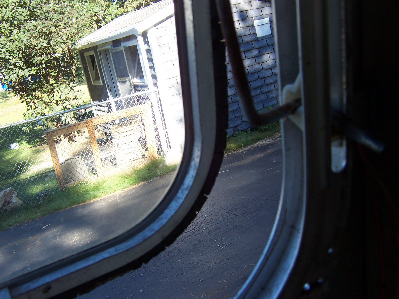 Click image for larger version  Name:Summer 2010 Airstream 009.jpg Views:86 Size:334.0 KB ID:109681