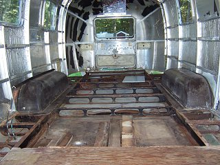 Click image for larger version  Name:Summer 2010 Airstream 004.jpg Views:2843 Size:388.2 KB ID:110014