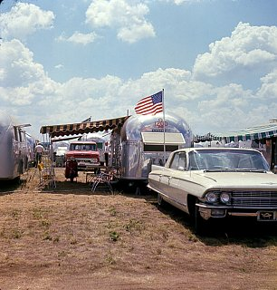 Click image for larger version  Name:64 Caddy.jpg Views:209 Size:704.3 KB ID:110169