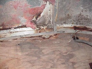 Click image for larger version  Name:Rear Floor Damage.JPG Views:243 Size:53.3 KB ID:11073