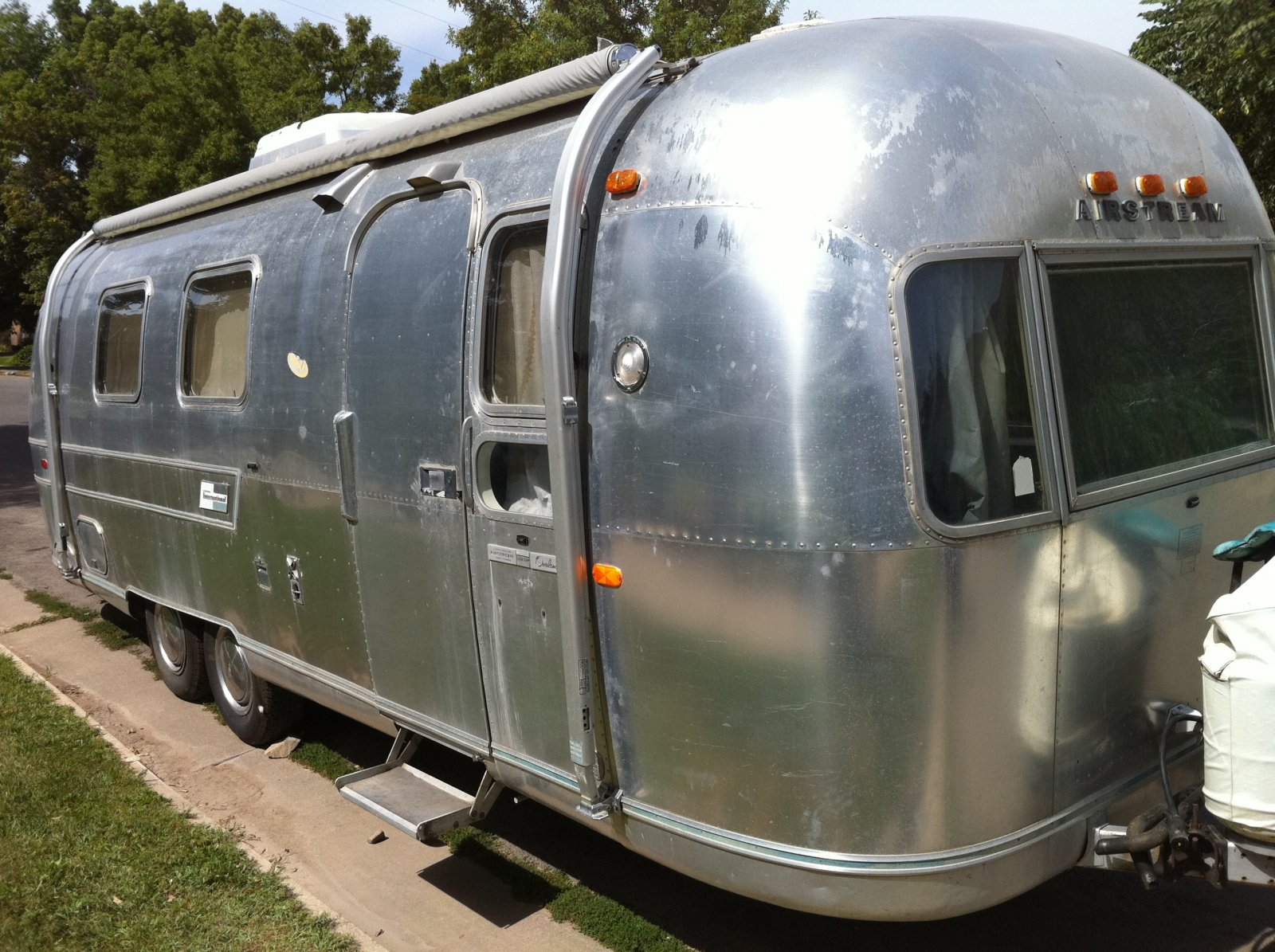 Click image for larger version  Name:airstream 008.jpg Views:83 Size:368.5 KB ID:110805