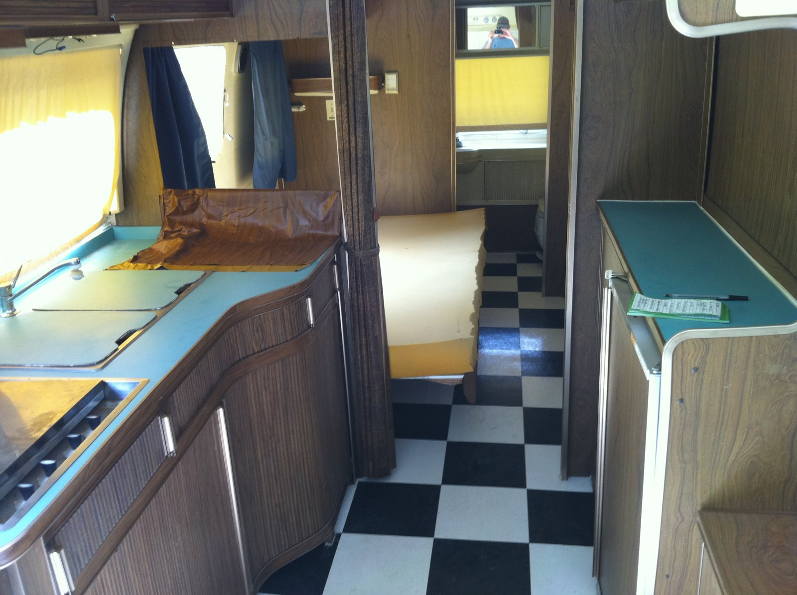 Click image for larger version  Name:airstream 009.jpg Views:89 Size:265.4 KB ID:110806